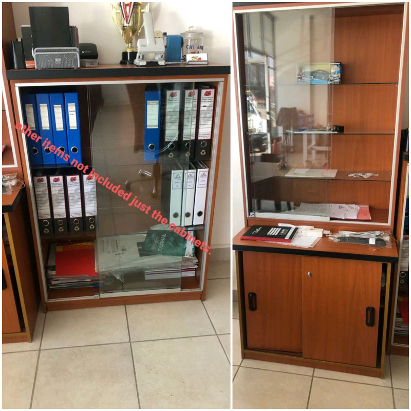 Emboya glass cabinet and glass standing cupboard