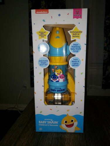 **New In Box Pinkfong Baby Shark Child/'s Vacuum Sings The Baby Shark Song