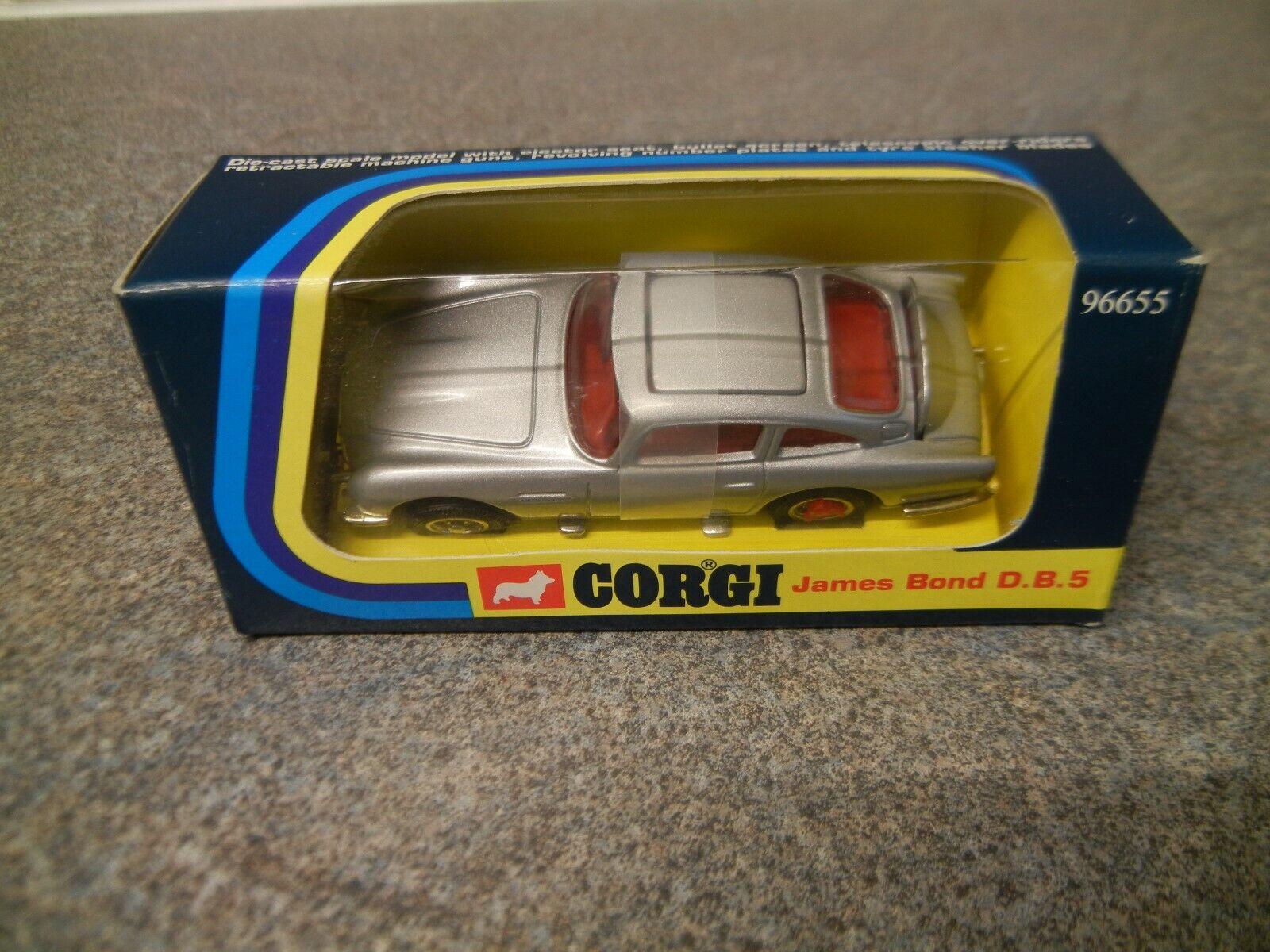Corgi James Bond Aston Martin DB5 Car  96655  MINT & BOXED  1995