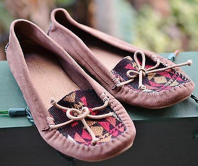 Madden Girl Moccasins, Size 8.5 - Indian Tribal Native American Costume Tribal