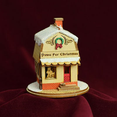 GINGER COTTAGES PAWS FOR CHRISTMAS PET SHOP CHRISTMAS ORNAMENT MADE IN USA GC128