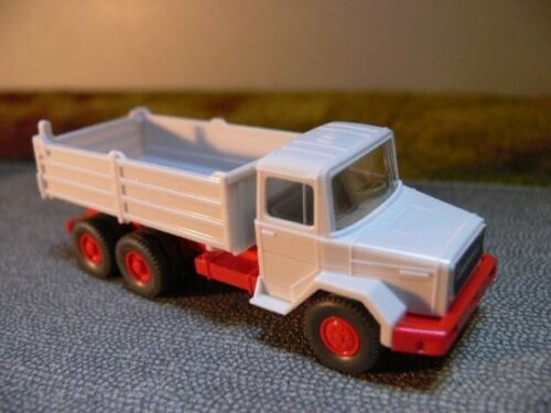 1//87 Wiking Magirus Deutz kipper blanco 673