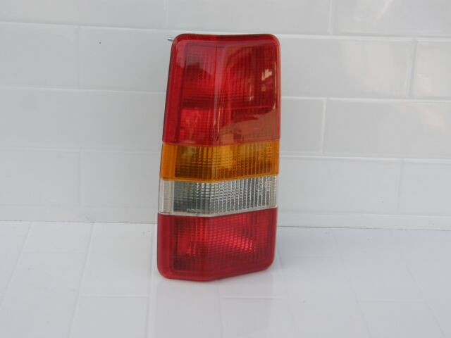 Genuine Land Rover Discovery 1 LH Rear Light Pt No PRC 6476