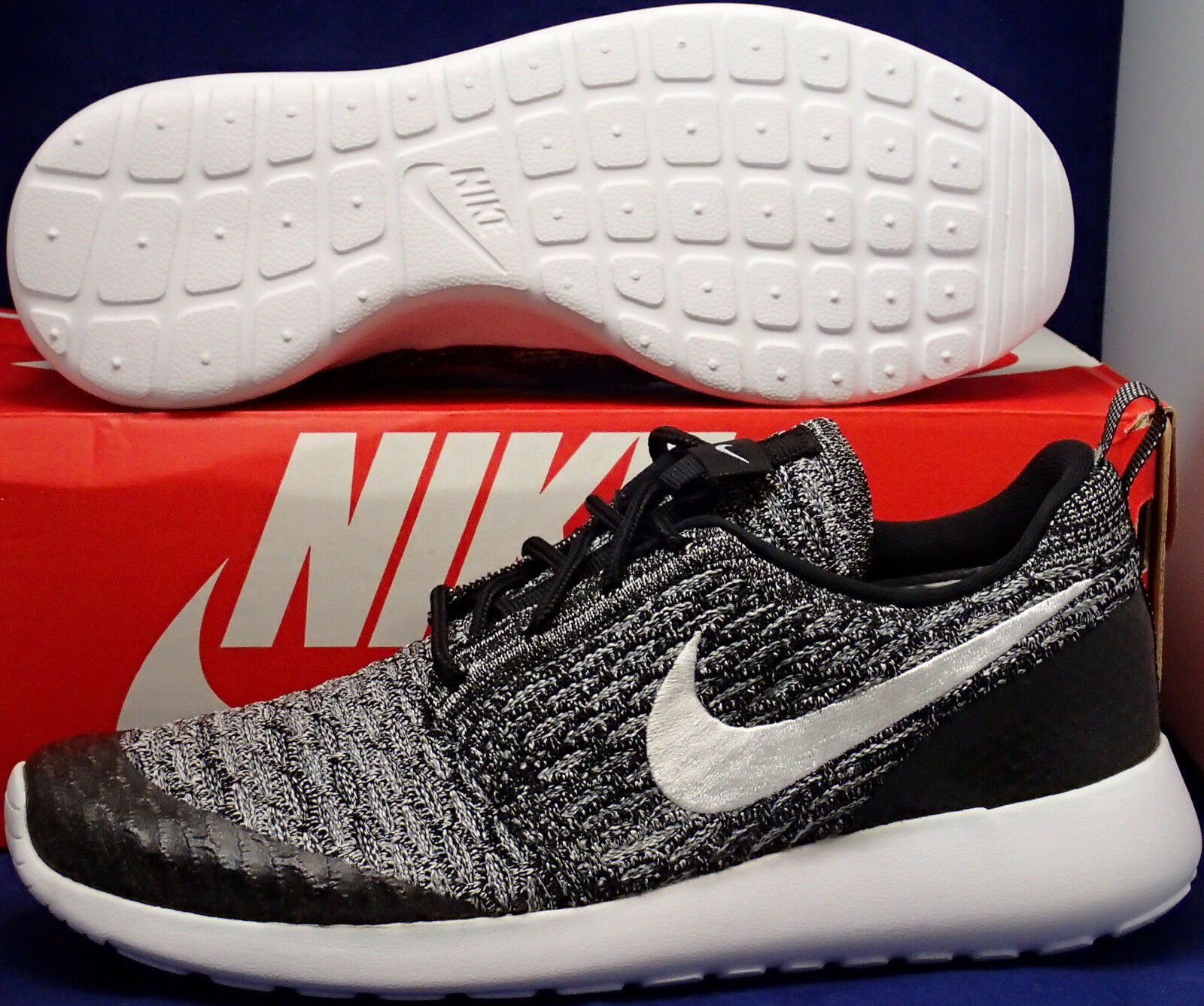 Womens Nike Roshe One Flyknit Oreo Black White Cool Grey Run SZ 7.5 (704927-010)