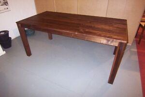 Attraktiv Das Bild Wird Geladen Esstisch Esszimmertisch Tisch Amerikanischer Nussbaum  Massiv 90x140 Cm