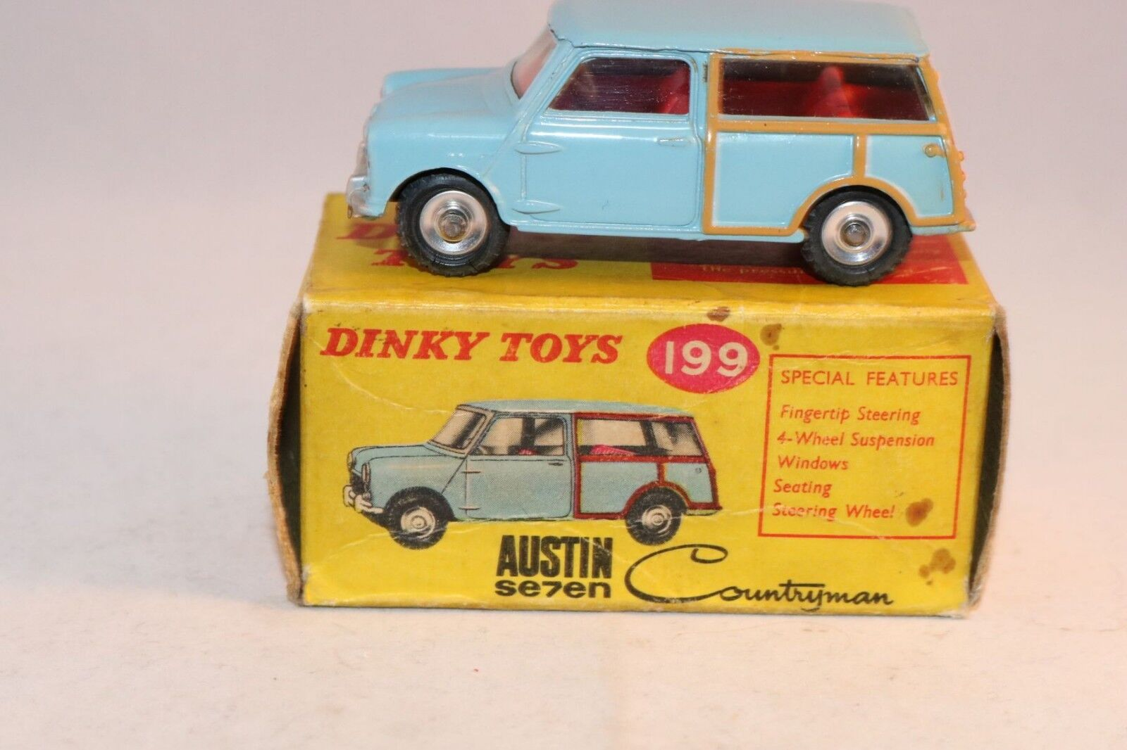 Dinky Toys 199 Austin Se7en Countryman mint in box all original condition