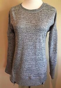 NWT-Women-039-s-Gray-Long-Sleeve-Active-Life-Sweater-Top-Small