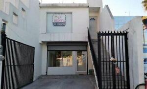 En Renta Local Comercial u Oficina Nuevo 2do.Piso en Avenida Venustiano Carranza Centro Monterrey NL