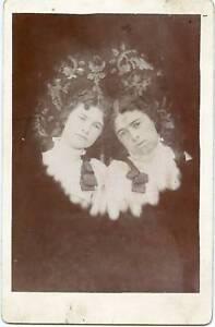 Original-Cabinet-Card-Photo-Memorial-Type-2-Ladies-Ribbons-On-Shoulders