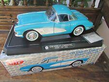 Solido 1958 Chevrolet Corvette car Hardtop removable 1:12 classic sports car
