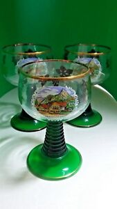 OBERAMMERGAU-CLEAR-amp-GREEN-TINTED-CORDIAL-GLASSES-GOLD-TRIMMED-BAR-DECOR-FRANCE