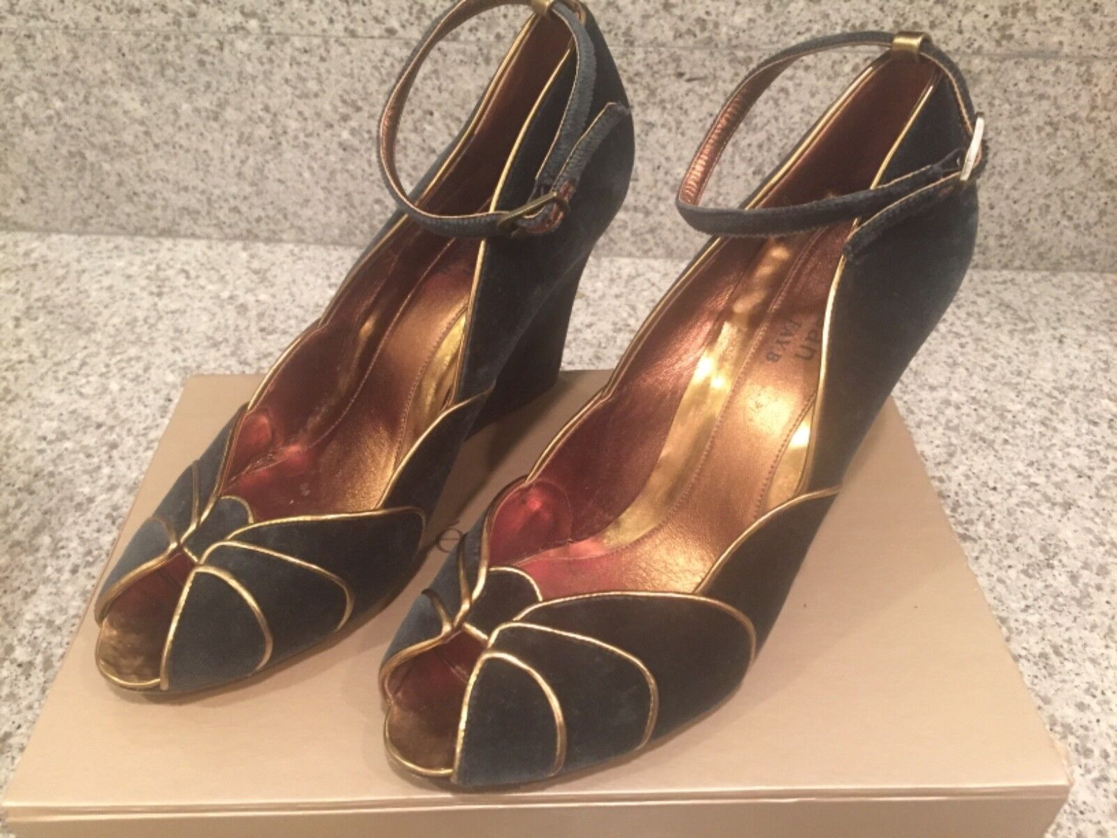 Te Casan Fay B Wedge shoes Sz 40 10US Art Deco