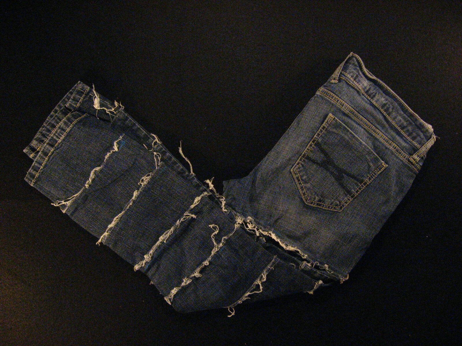 Arizona Jeans Homemade Womens Jeans 30 x 24 MEASURED Low-Rise Distressed Tag  11