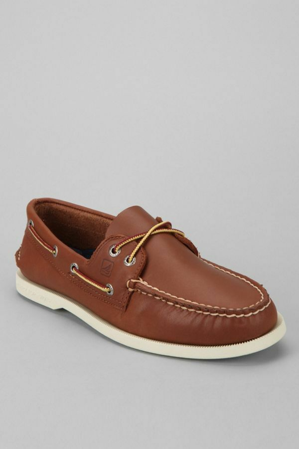 Sperry Top Siders Urban outfitters size 9 MSRP   Boat shoes