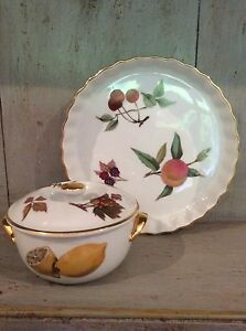 Image is loading Royal-Worcester-Evesham-oven-to-table-ware-Quiche- & Royal Worcester Evesham oven to table ware Quiche Dish And Lidded ...