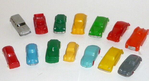 Inclure environ 14 anciens en plastique Voitures Plastique Plastique Modèle Voitures Voiture Wiking fixes