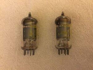 Matched-Paar-Mullard-12ax7-ecc83-10m-Master-Serie-Vintage-Vakuumroehren
