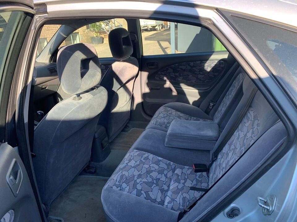 Toyota Avensis, 1,8 Sol, Benzin