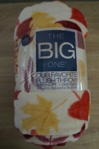 NEW-The-Big-One-Plush-Throw-Blanket-034-Leaves-034-5-ft-x-6-ft-Super-Soft