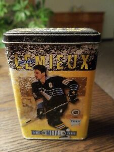 NHL-Pittsburgh-Penguins-Mario-Lemieux-4-All-Metal-Trading-Cards-Awesome-Shape