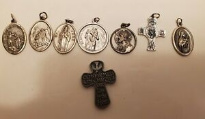 Vintage-Religious-Medals-Pendant-Jewelry-Italy-Lot