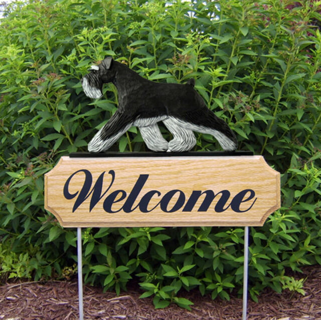 Schnauzer Uncropped Wood Welcome Outdoor Sign Black/Silver