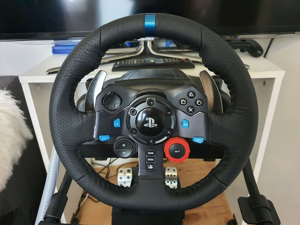 Rat & Pedaler, Playstation 4, Logitech G29