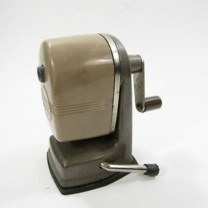 Vintage-Apsco-Vacu-Hold-Manual-Crank-Desktop-Pencil-Sharpener