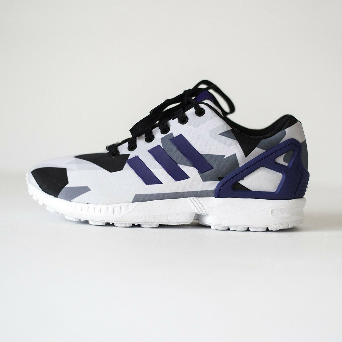 Adidas ZX Flux Para hombres Zapatos para correr blancoas Collegiate Púrpura Core Negro B34517