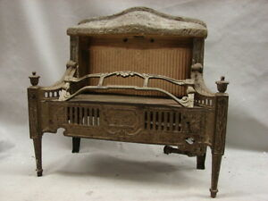 ANTIQUE LATE 1800'S CAST IRON ORNATE GAS FIREPLACE INSERT LAWSON NO. 510 | Antiques