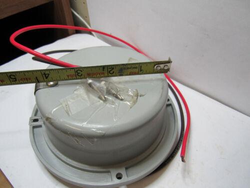 BETTS IND.tail /& brake light B40JV 12 VOLT 2 elemnt bulb removable lens NEW M028