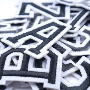 Patch-Toppa-Alfabeto-Lettere-Alphabet-Personalizzate-Ricamata-Termoadesiva-5cm