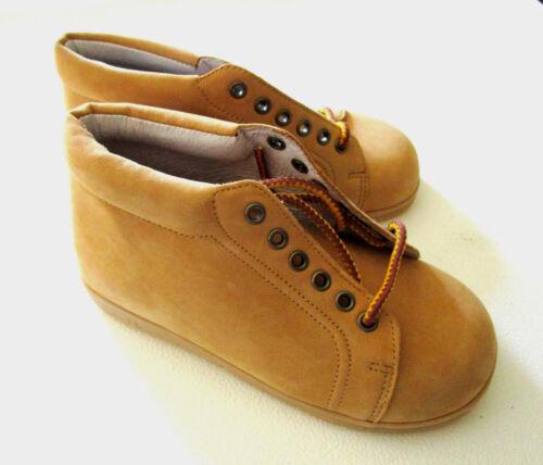 Perfection by Jumping Jacks Walking Toddler Shoes Wheat Nubuck Boot NIB