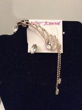 $55 Betsey Johnson Heaven Sent Gold Tone Angel Wing Crawler & Stud Earring #A135