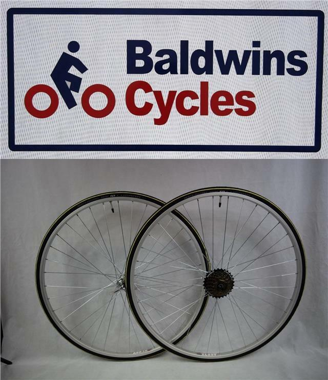 PAIR 700c Narrow Q R Wheels YELLOW 700c x 23c Lugano Tyres & 7 Speed FreeWheel