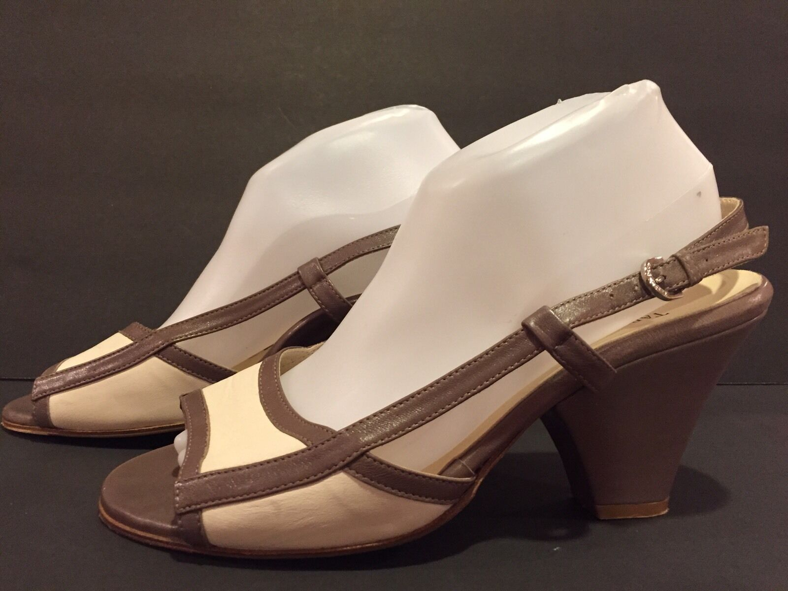 Taryn Rosa Sandals Pumps Heel Slingback Leather Leather Leather Bone Taupe 40 9.5-10  063288