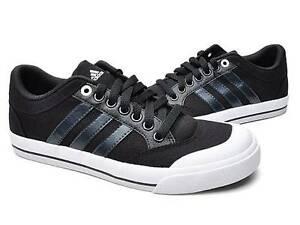 3 T Adidas Brasic 8 Uk 42 5 V23854 2 blanc Noir Chaussure Ref 3 8qgnfw1g