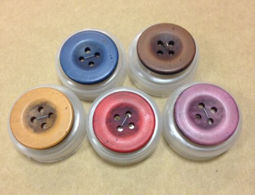 John Lewis botones de aspecto vintage 25mm x4 Pack Retro Shabby Chic Varios Colores