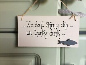 We-Don-039-t-Skinny-Dip-We-Chunky-Dunk-Novelty-Wooden-Hanging-Plaque-Hot-Tub-Sign