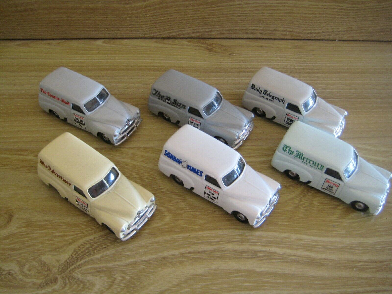 TRAX TGS02     FJs NEWS Set of 6  (NEW but Loose) 1 55 scale FREE POSTAGE
