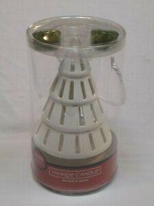 Yankee-Candle-Christmas-Tree-Luminary-Ceramic-Tea-Light-Candle-Holder-2-Balsam
