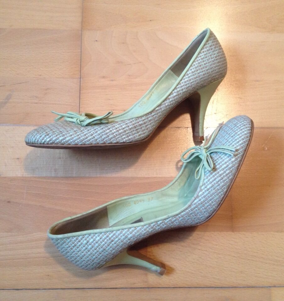Absolutely Stunning Green & Beige Dune shoes - Size 37   UK Size 4