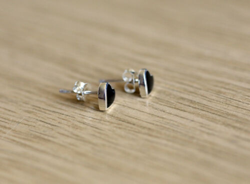 925 Sterling silver heart shaped stud earrings with natural  Black Onyx