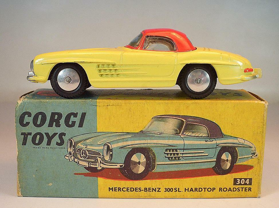 Corgi Toys 304 Mercedes Benz 300sl HARDTOP ROADSTER YELLOW IN O-Box