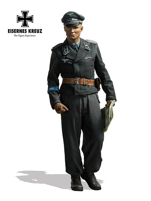 Andrea Eisernes Kreuz German HG Panzer Officer 1943 WW2 1 16th Unpainted kit