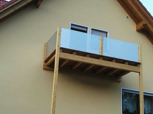 Perforated Plate Aluminum Balcony Cladding Qg20-50 2 mm Length 1000 mm width selectable