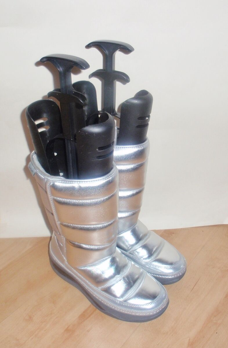 NEW Skechers ladies TONE UPS CHALET FRESH POWDER silver metallic boots size 4