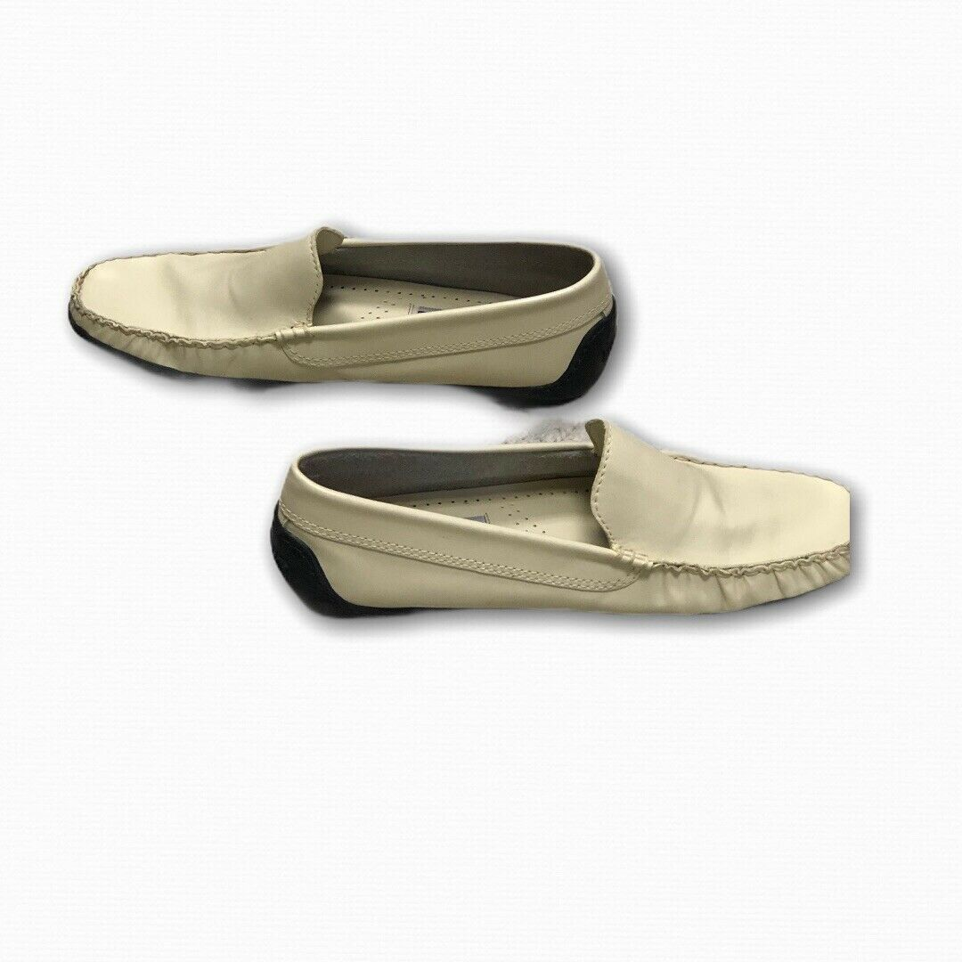 Kenneth Cole Reaction Men's White Leather Loafers Drivers Slip On Shoes 7.5 M