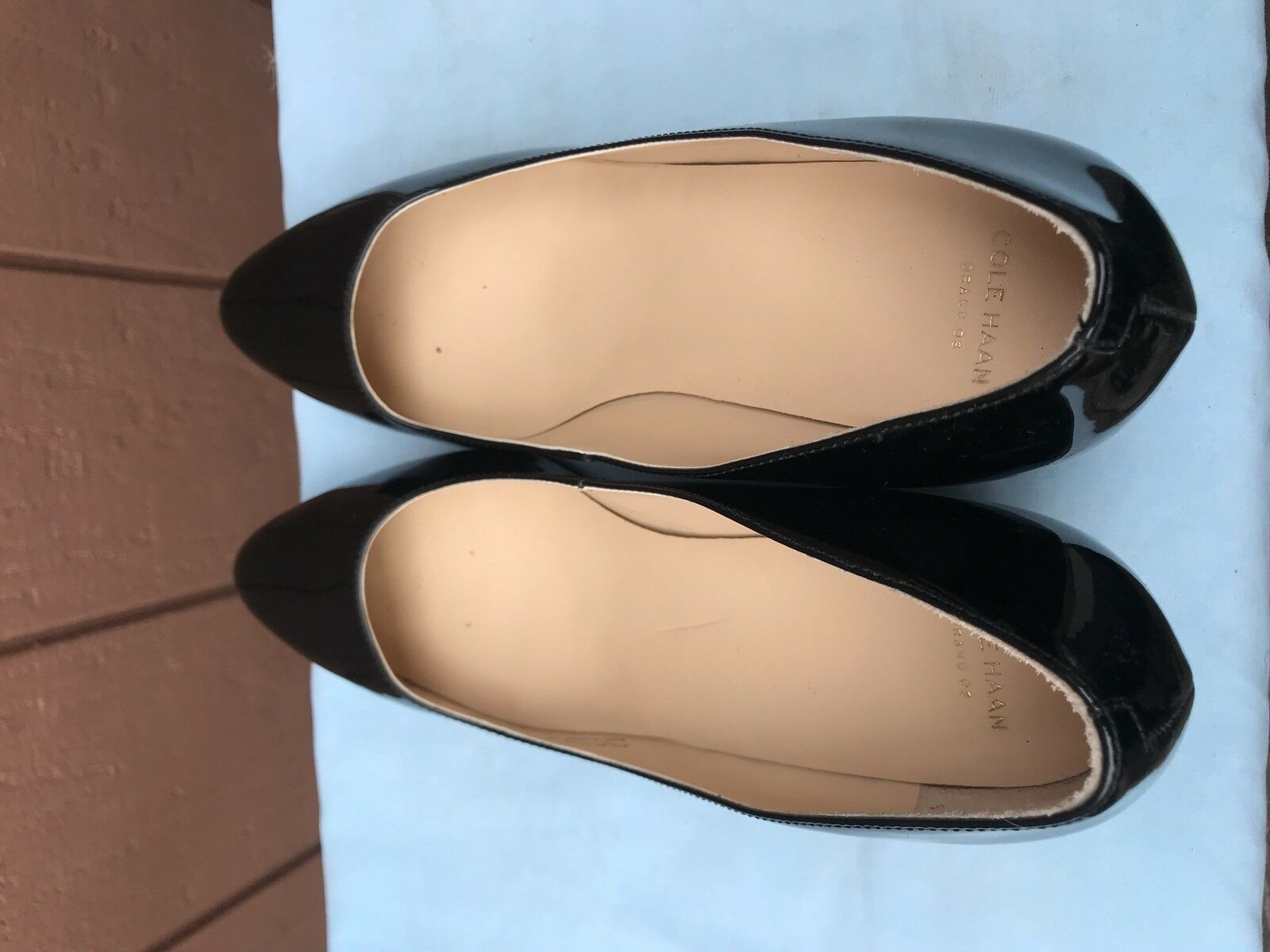 EUC COLE HAAN CATALINA Größe US 8B WEDGE PUMP schwarz schwarz schwarz PATENT schuhe A6 b80144