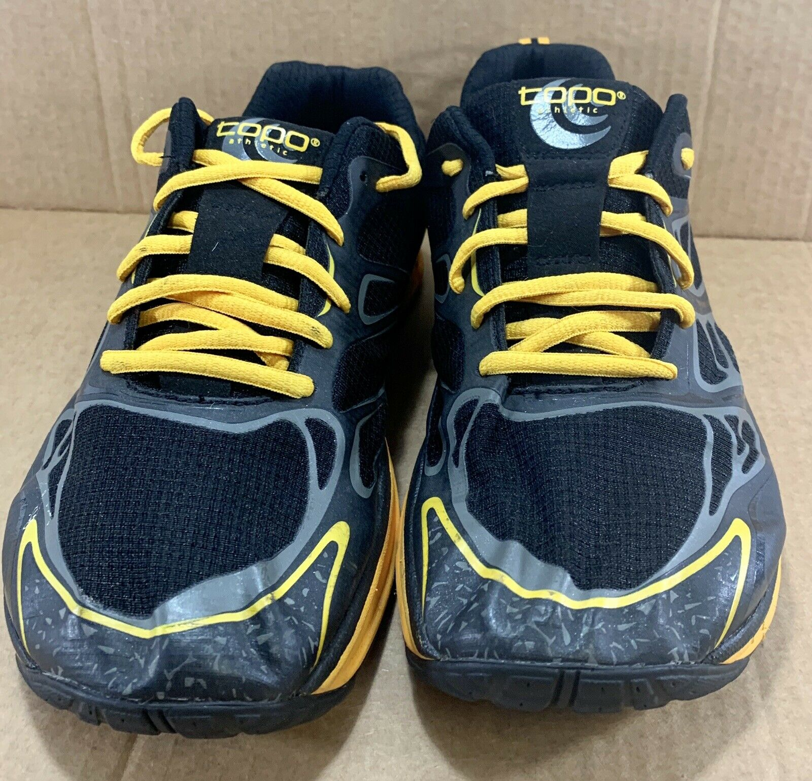 Topo Athletic MT2 3MM Drop Men's Athletic Running shoes Size 9